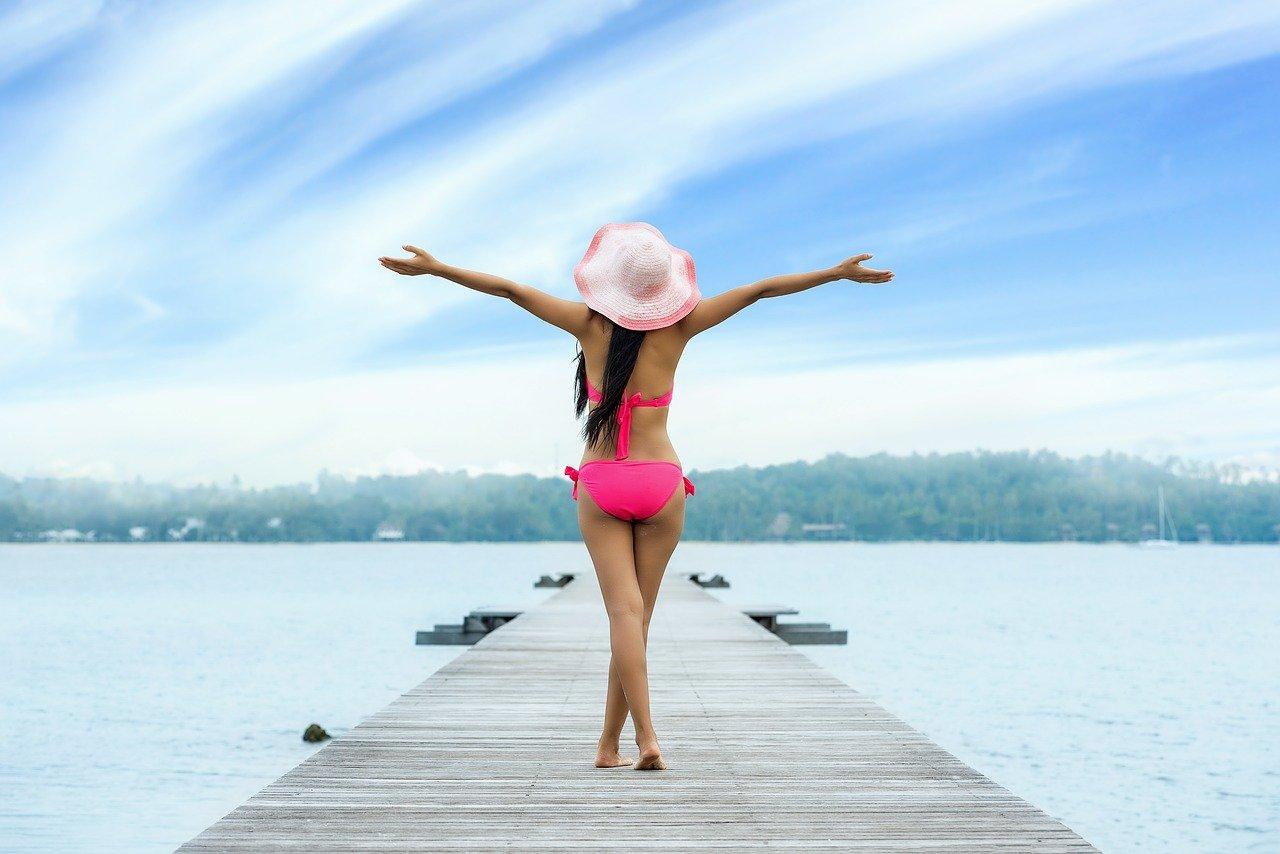 woman, bikini, lake-1822437.jpg